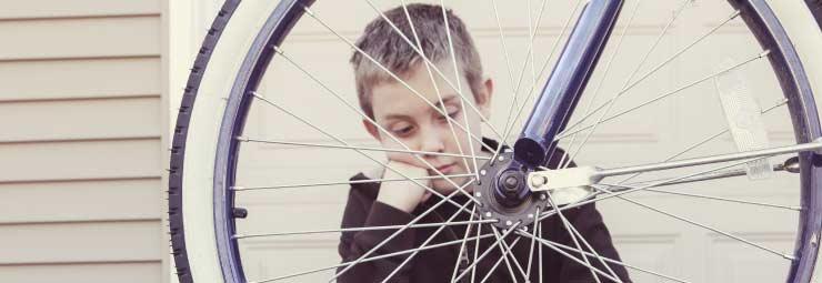 biciclette_riparare_gomma_forata